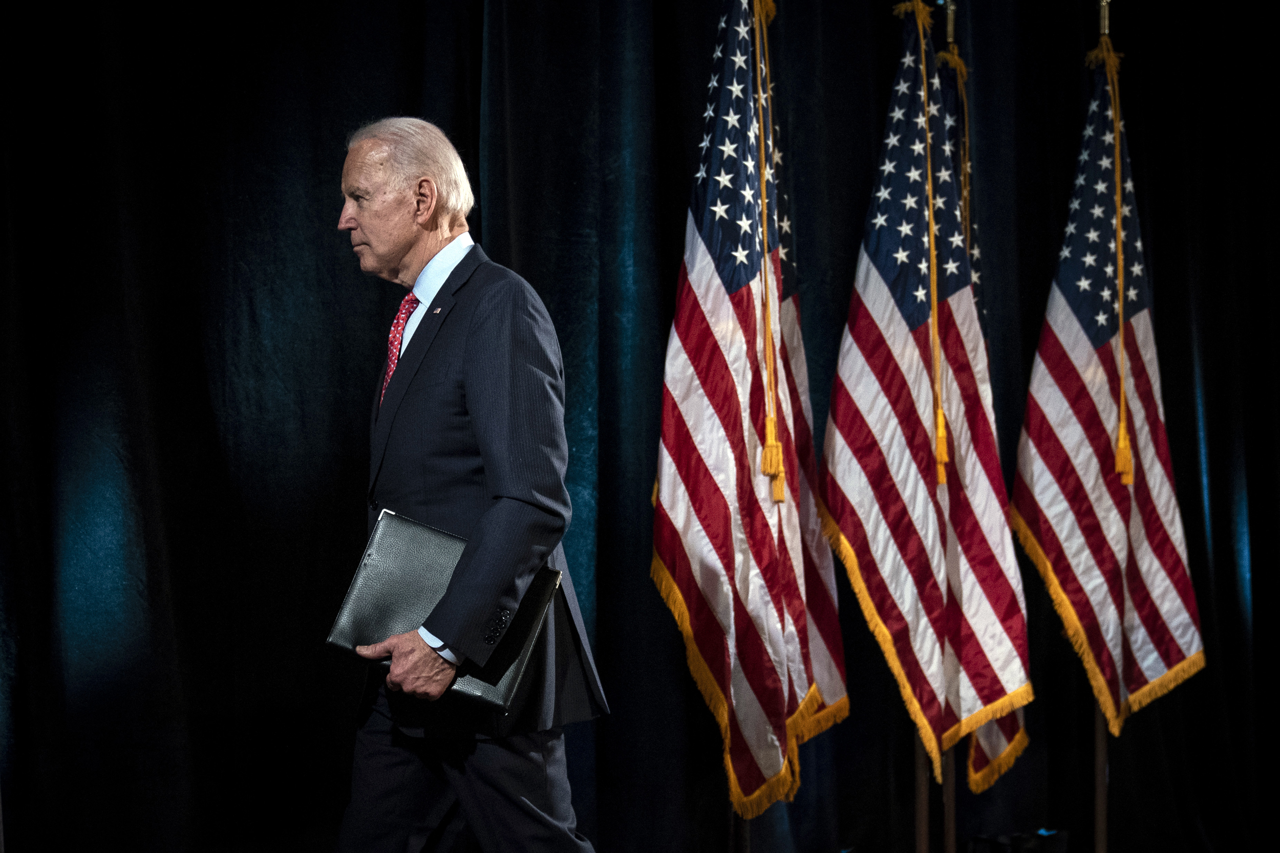 Biden warns UK against breaking Brexit deal